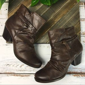 Bare Traps Rainly Ankle Boot Women's Size 9M
